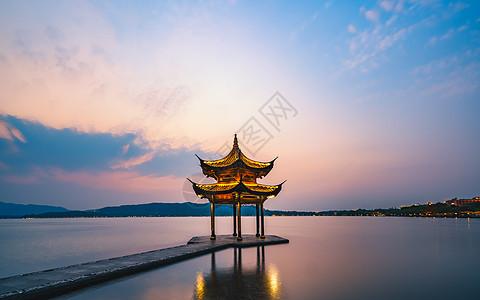 杭州西湖聚贤亭图片