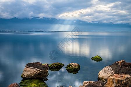 洱海休闲漫步图片
