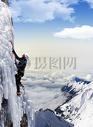 攀登冰峰图片