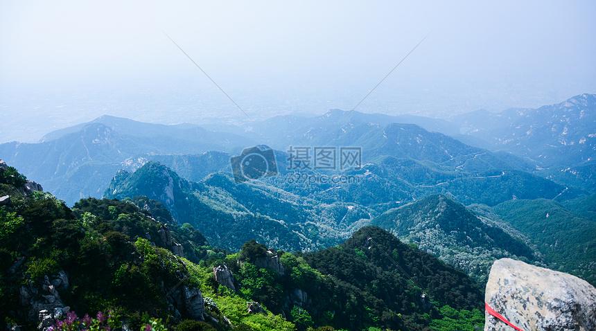 唯美图片 自然风景 泰山一览众山小jpg  分享: qq好友 微信朋友圈 qq