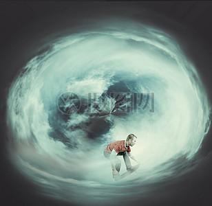 云中冲浪图片