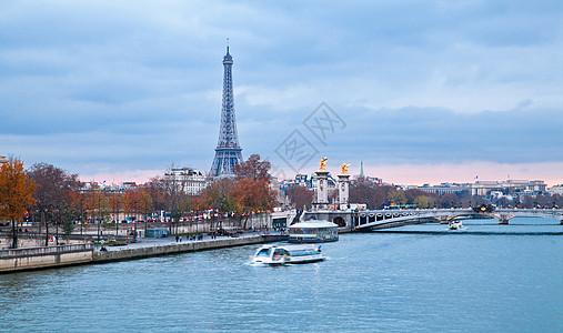 巴黎塞纳河畔巴黎铁塔图片