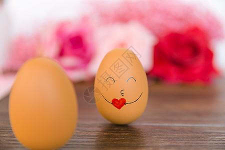 520卡通手绘抱爱心的蛋图片