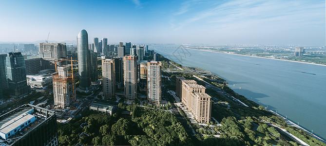 城市江景全景图图片