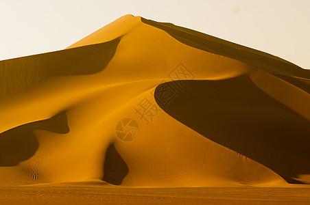 魅力曲线沙漠图片
