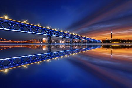 武汉长江大桥夜景图片
