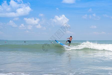 巴厘岛海边冲浪高清图片