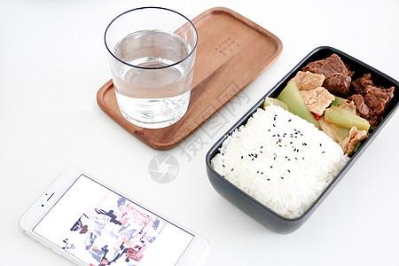 日系木质饭盒图片