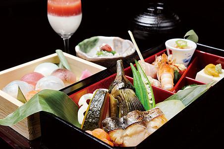 日本寿司套餐图片