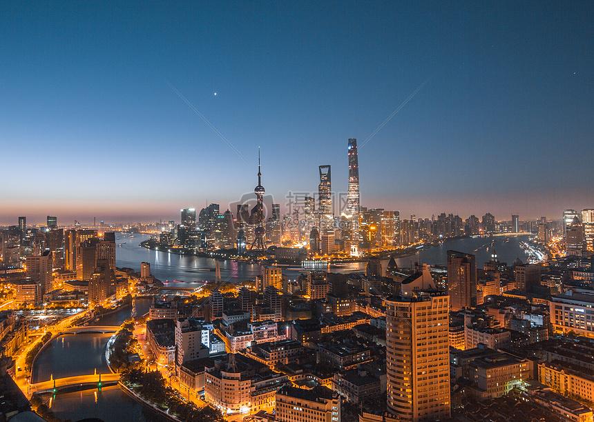 上海地标陆家嘴建筑群图片