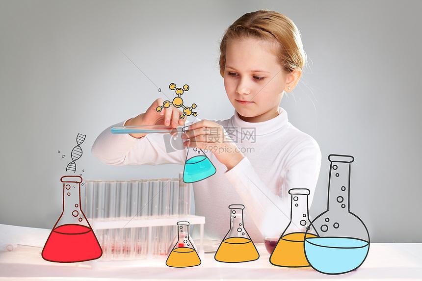 做实验的小孩图片