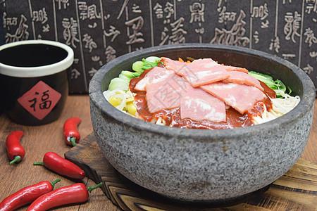 美味餐饮石锅拌饭的故事图片
