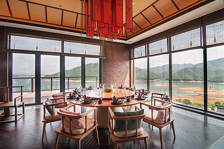 新中式全景观餐厅图片