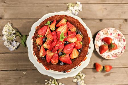 美味的草莓蛋糕图片