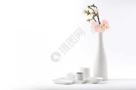 白色花瓶器皿静物图片
