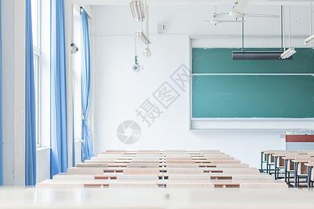 大学教室空无一人图片