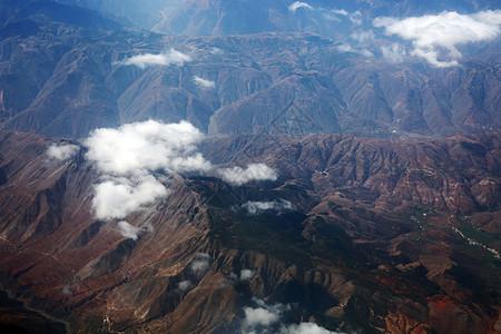 青藏高原的山脉图片