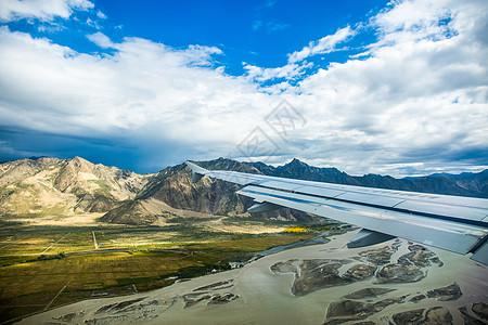 雅鲁藏布江的天空图片