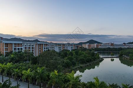 校园与桂林的风光图片