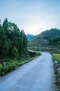 清新自然村庄山脉路风景图片