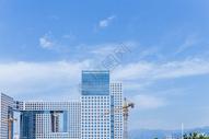 蓝天白云现代城市建筑素材图片
