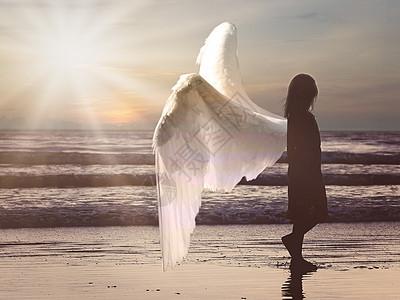女人背后的翅膀图片