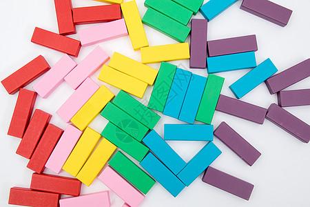 彩色木条积木儿童益智游戏图片
