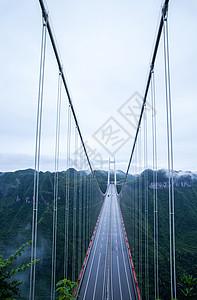 跨山桥的桥面图片