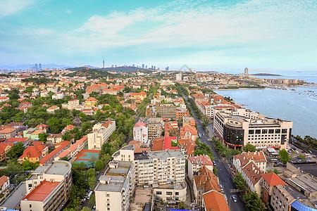 海滨城市的老城区图片