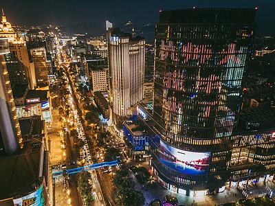 城市市中心夜景航拍图片