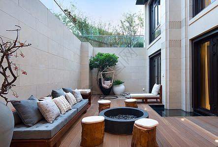 室外下沉式阳台设计效果图图片
