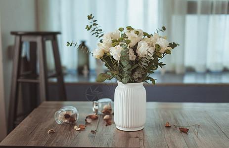 文艺清新的室内花卉图片