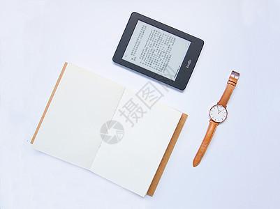 本子、手表与kindle图片