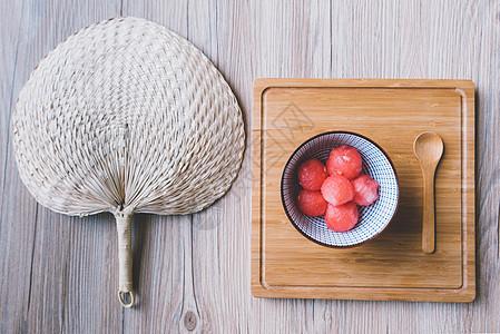 夏至西瓜与蒲扇图片