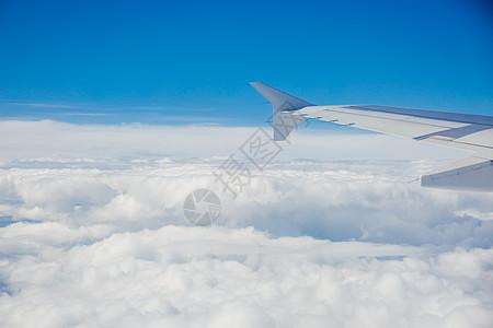 飞机蓝天白云图片_飞机蓝天白云素材_飞机蓝天白云_摄