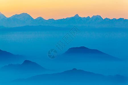 山间日落图片