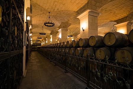 红葡萄酒酒窖图片