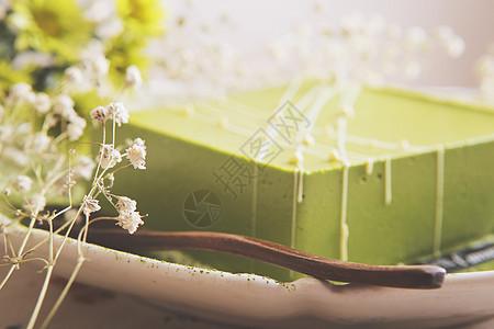 抹茶慕斯蛋糕图片