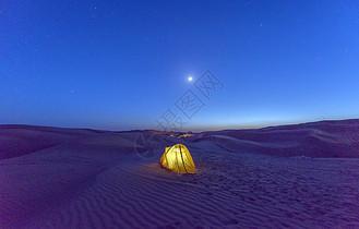 沙漠露营图片