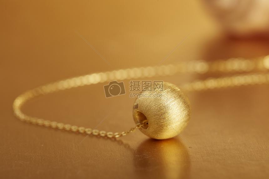 黄金饰品图片