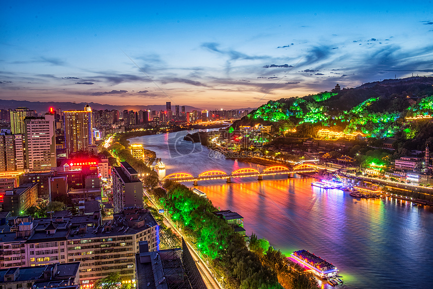 夜幕下繁华都市夜景图片