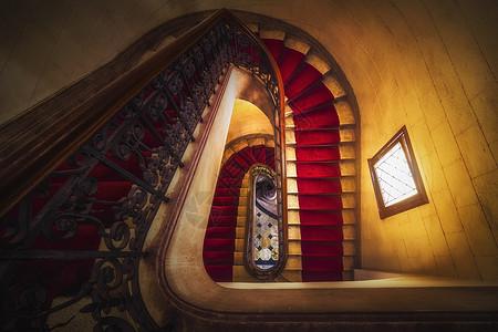 古典的旋转楼梯图片