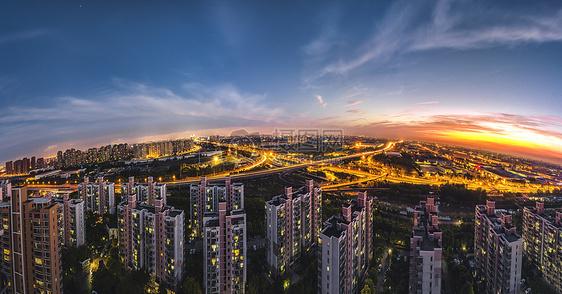 万家灯火的上海城市全景图片