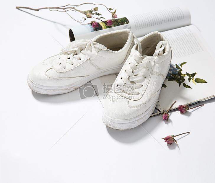 脏鞋子摄影图片免费下载_艺术与设计图库大全_编号-摄