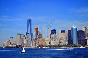 天空下纽约曼哈顿城市风光图片