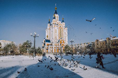 教堂与鸽子图片