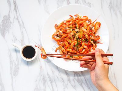 水煮河虾图片