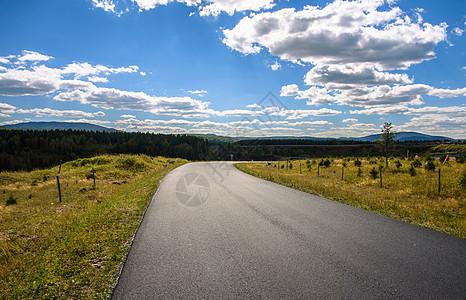 通往远方的道路图片_通往远方的道路素材_通往远方的