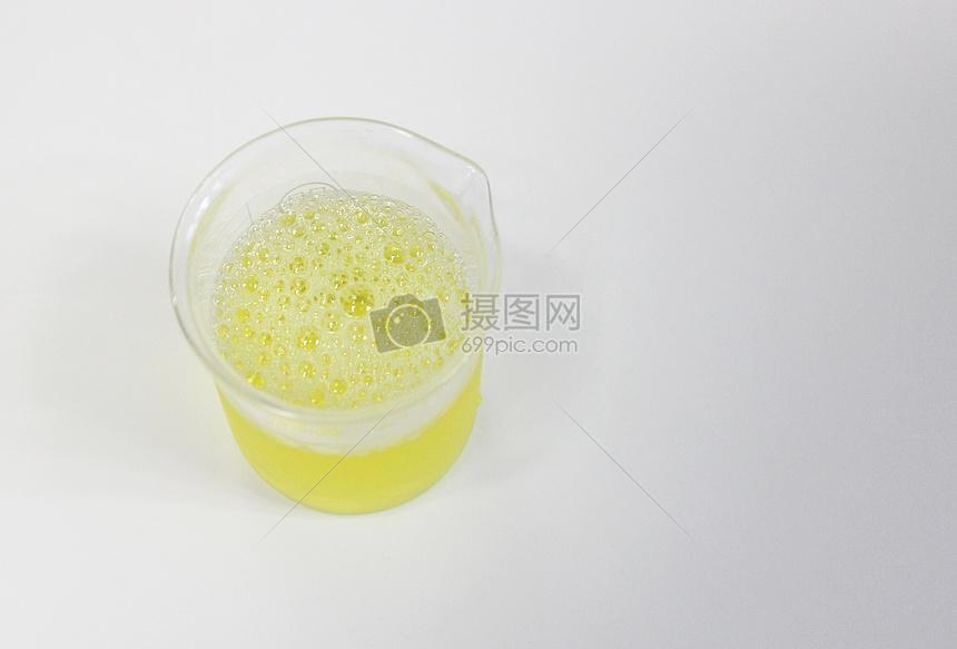 泡沫尿图片