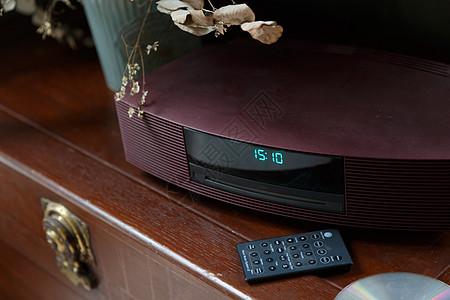 复古款式的CD播放机图片